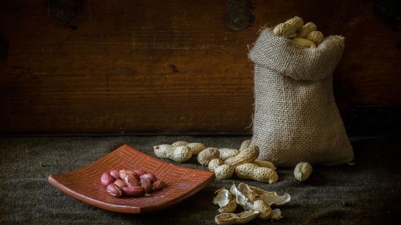 Арахис вред и польза для организма человека свойства и витамины ореха