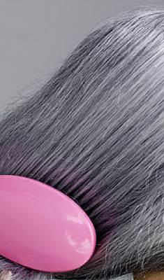 волосы седые
